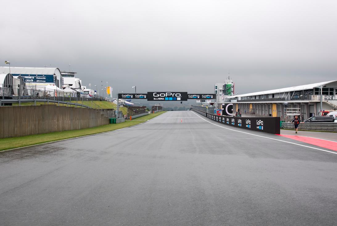 Primer día pasado por agua en el circuito de Sachsenring