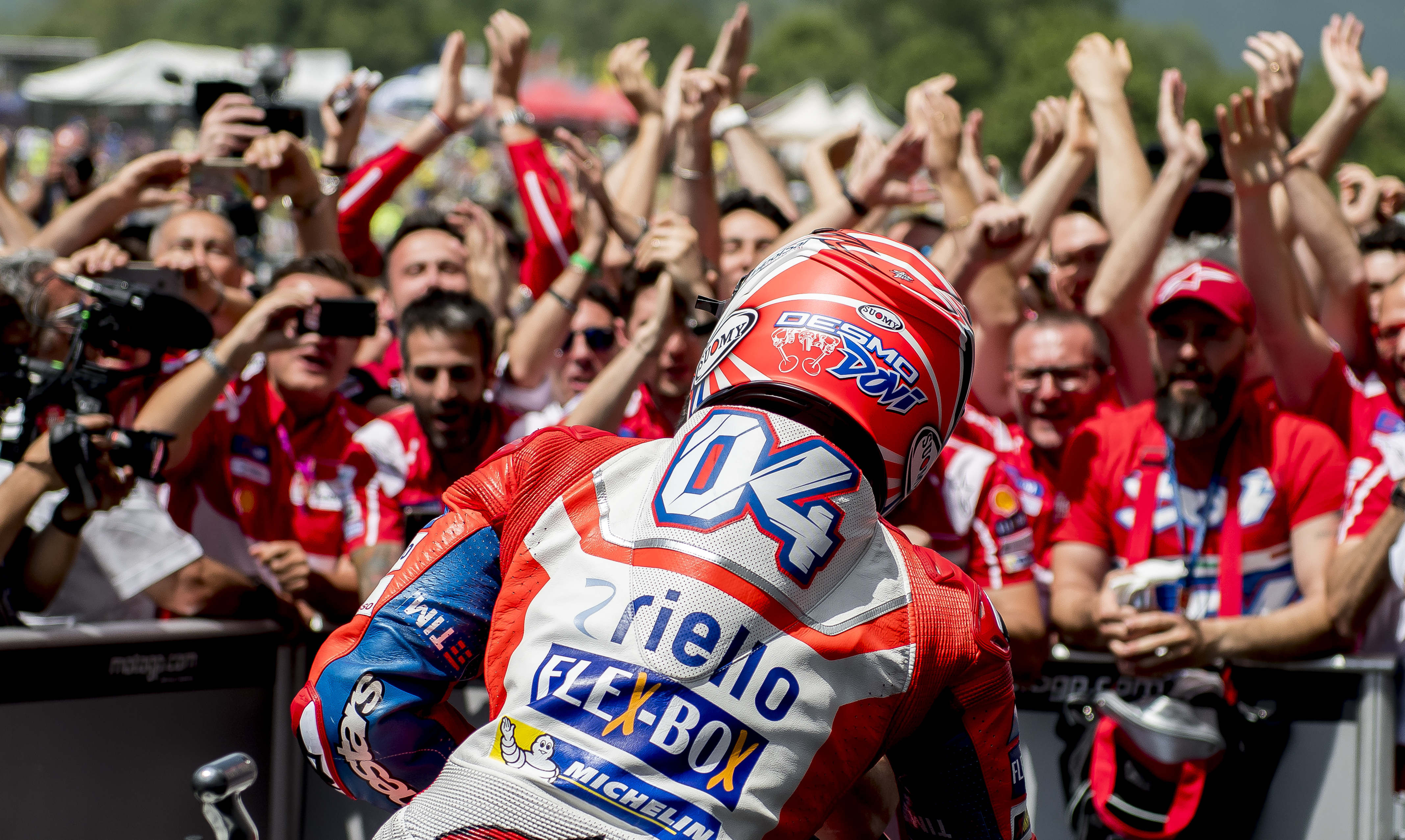 Dovizioso y Ducati triunfan en Mugello