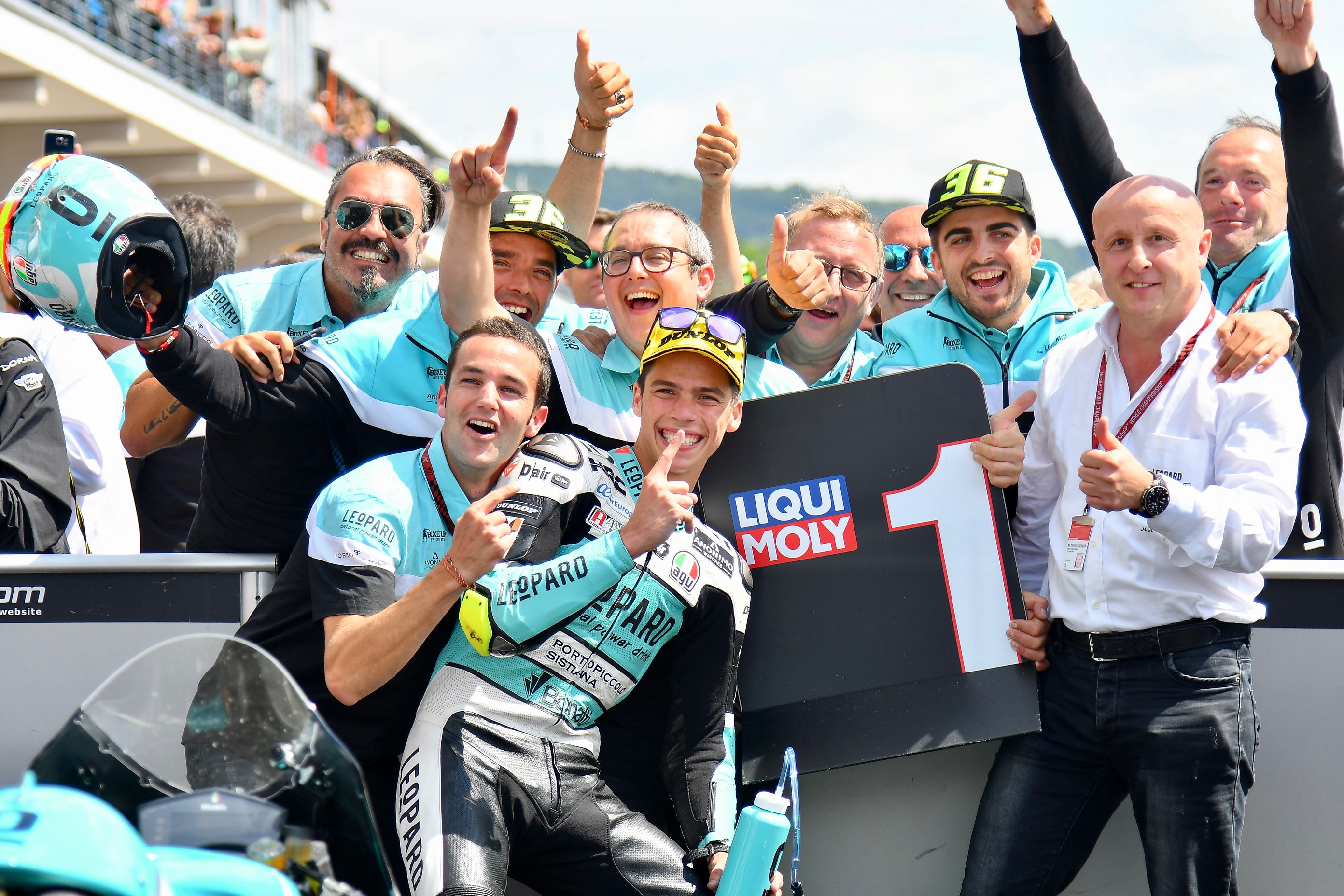 Mir gana por quinta vez esta temporada y Ramírez en el podio